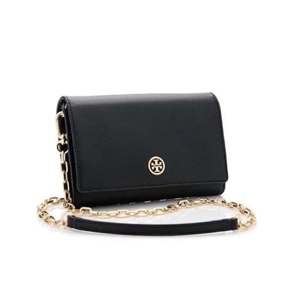 43fe40855d7 Tory burch Robinson Chain Wallet Crossbody Bag. M_5a56c1ac84b5ce1f8f00bb3b